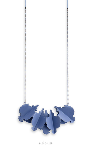 NOM-necklace-LAREINA2012